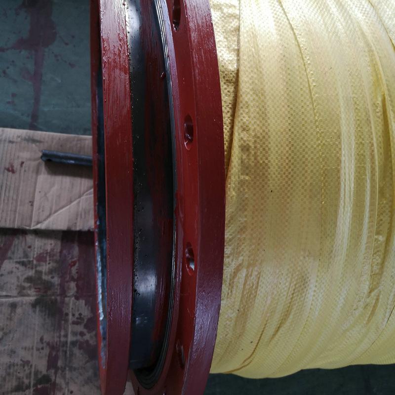 大口径法兰式耐磨胶管1.jpg